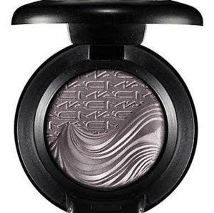 MAC Extra Dimension Eye Shadow *FATHOMS DEEP*
